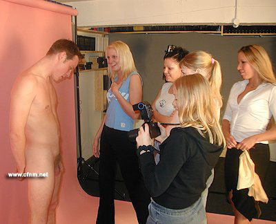 College jock has to model naked for girls art class